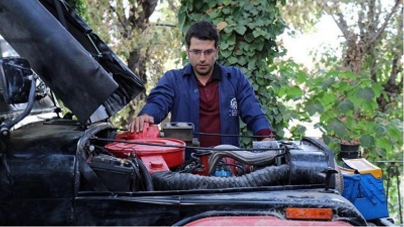 حضور قطعی روزبه حصاری در نقش جواد جوادی در سریال بچه مهندس 4