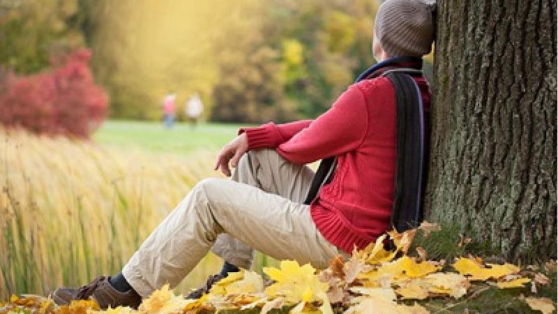 دلایل افسردگی پاییزی و درمان آن چیست