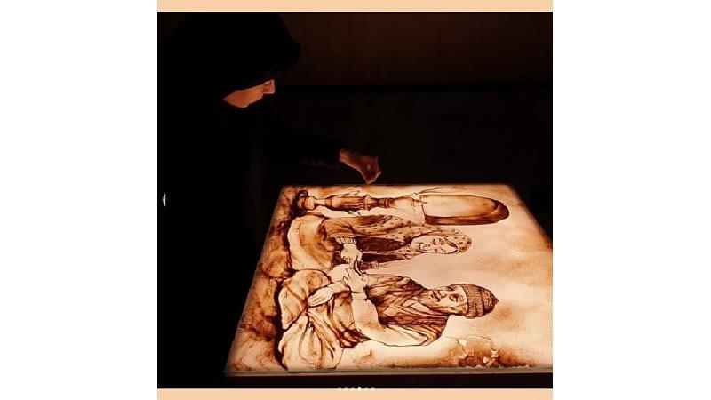 نقاشیهای عاشقانه فاطمه عبادی، قهرمان عصر جدید