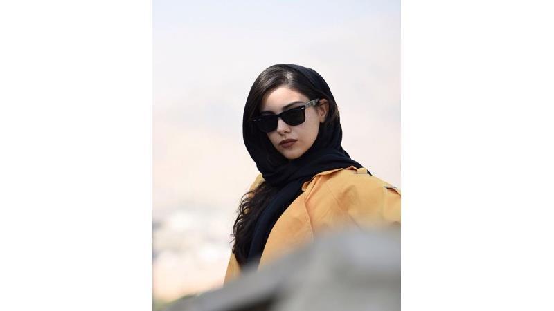 مهدیس توکلی بازیگر نقش مینو، خواهر سهراب در سریال از سرنوشت کیست