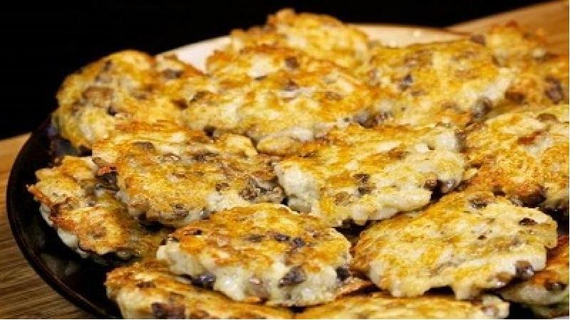 کوکوی مرغ و قارچ؛ طرز تهیه و دستور پخت کامل