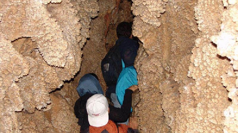 غار رودافشان کجاست؛ گزینه سفر یک روزه در اطراف تهران