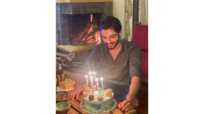 عکس هایی از جشن تولد کیسان دیباج