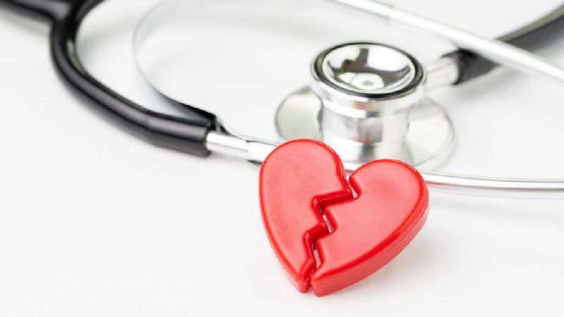 علایم و درمان سندرم قلب شکسته چیست