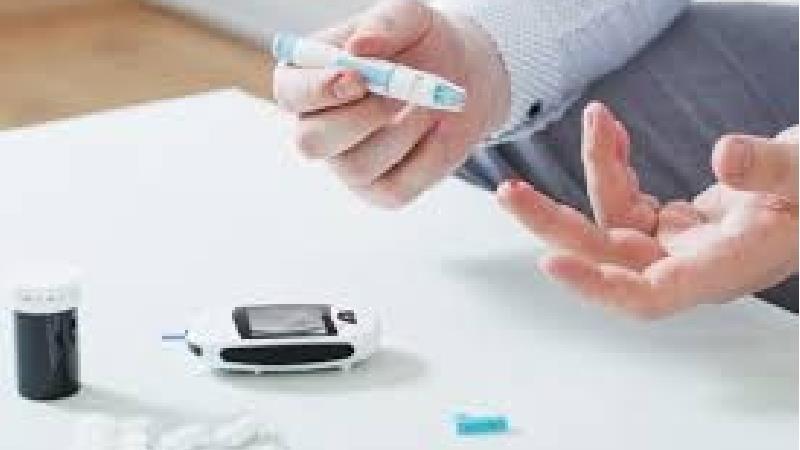 افت قند خون چه علائمی دارد؛ خطرات هیپوگلیسمی