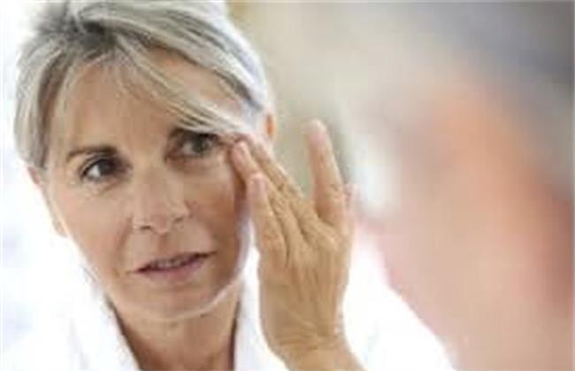 بهترین درمان های خانگی برای رفع چروک صورت