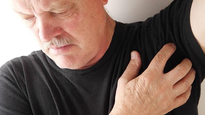 درد زیر بغل نشانه چیست