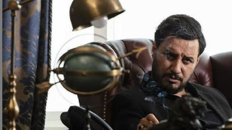 ببینید: ژست های خاص جواد عزتی در سریال زخم کاری