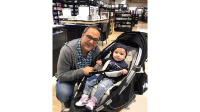عکسی از رامبد جوان و دخترش