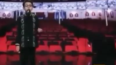 ببینید: آواز  پارسا خائف در پشت صحنه عصر جدید