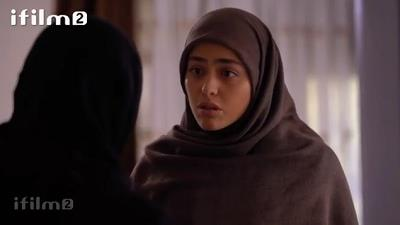 عصبانیت لعیا زنگنه از ریحانه پارسا در سریال پدر
