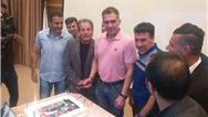 فیلمی از جشن تولد 53 سالگی  احمدرضا عابدزاده با حضور قدیمیهای فوتبال