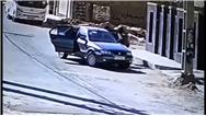 فیلمی از لحظه ربودن زنی در خیابانی در اهواز