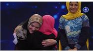 لحظه رودررو شدن گیرنده قلب با مادر پریسا دختری که قلبش اهدا شد در  فینال عصر جدید