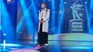 فیلم کامل خواندن آواز بختیاری شیر علی مردون توسط آرمان امیدی در شب اعلام نتایج فینال عصر جدید