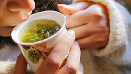 طب سنتی/ برای درمان گلودرد چه دمنوشهایی بخوریم