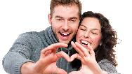 چگونه در جمع با همسرمان رفتار کنیم که شایسته باشد