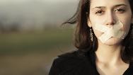 زنانی که احساسات خود را بروز نمی دهند ممکن است بمیرند