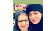 عکسی از نیکی کریمی و مادرش