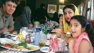 عکسی از شهرام پوراسد همراه همسر و فرزندش