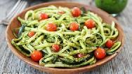 دستور پخت کامل پاستای کدو سبز بهعنوان غذای رژیمی و کم کالری