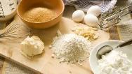 آموزش شیرینی پزی آسان در خانه؛ شیرینی گردویی، کرهای و زنجبیلی