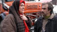 سکانسی از فصل اول سریال پایتخت؛ توضیح هما درباره سواد نقی معمولی