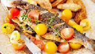 ماهی شکم پر در فر با رب انار؛ طرز تهیه کامل
