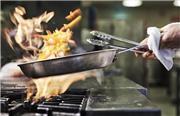 فیلم آشپزی؛ دستور پخت خورش ماست با مرغ