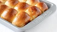 طرز تهیه کامل نان خامه ای خانگی با فر