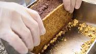 فیلم آموزش تهیه تراول کیک کاراملی
