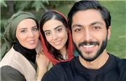 عکس یادگاری از سریال از سرنوشت 4؛ سهراب در کنار خانواده اش