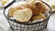 طرز تهیه نان صبحانه فوری و خوشمزه با فر را ببینید